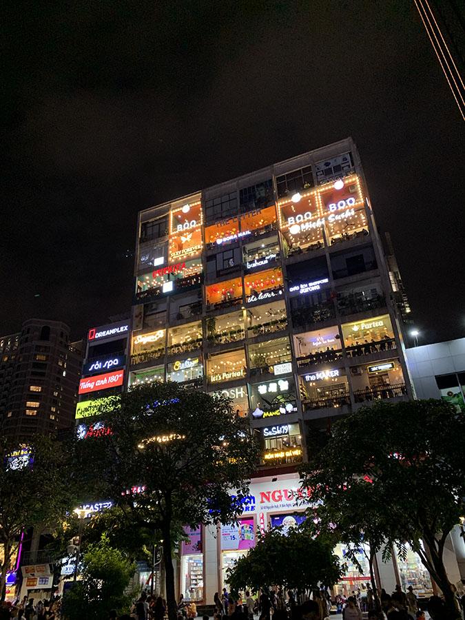 Ho Chi Ming City - Nguyên Huê Street