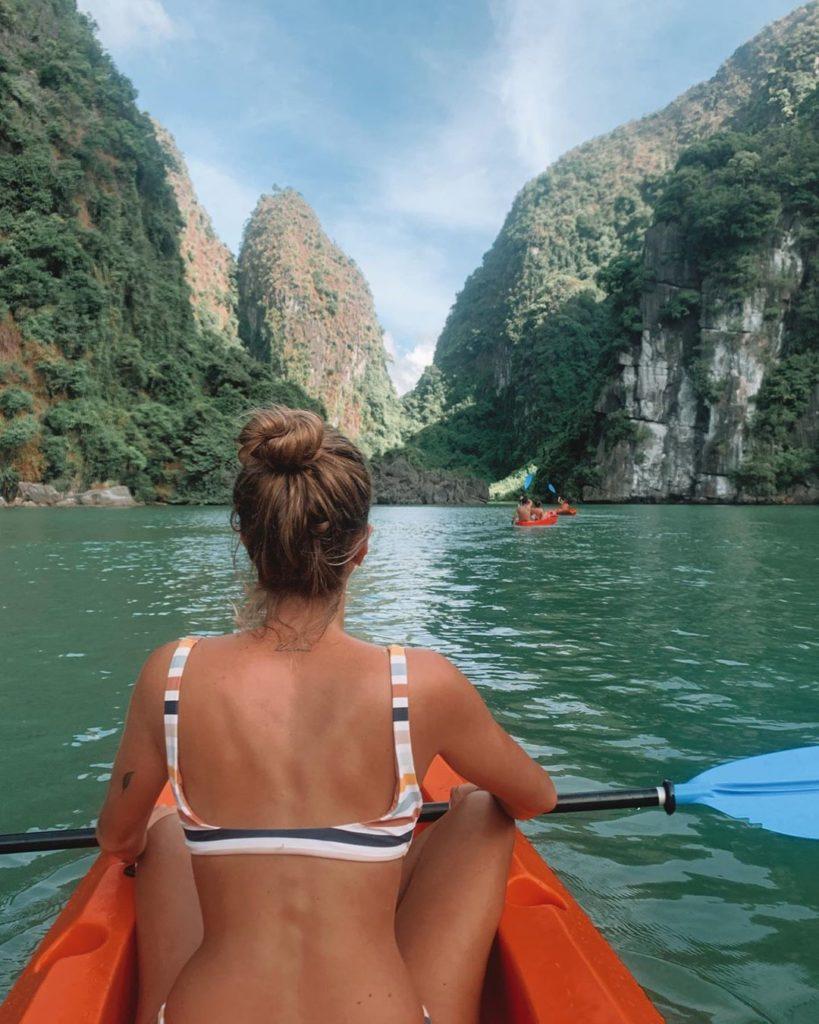 Halong Bay - Kayaking